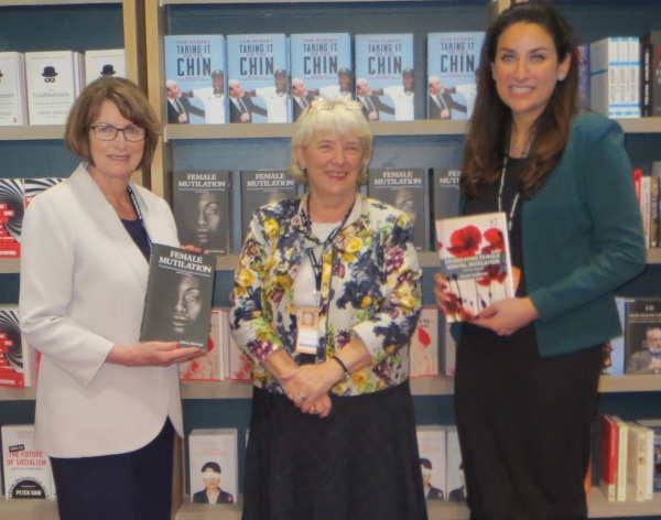 16-09-27-fgm-book-signing-labour-confc-blackwells-hilary-img_2048-9